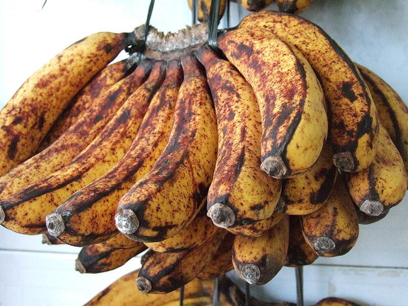 ¿Por qué los plátanos se ponen negros?