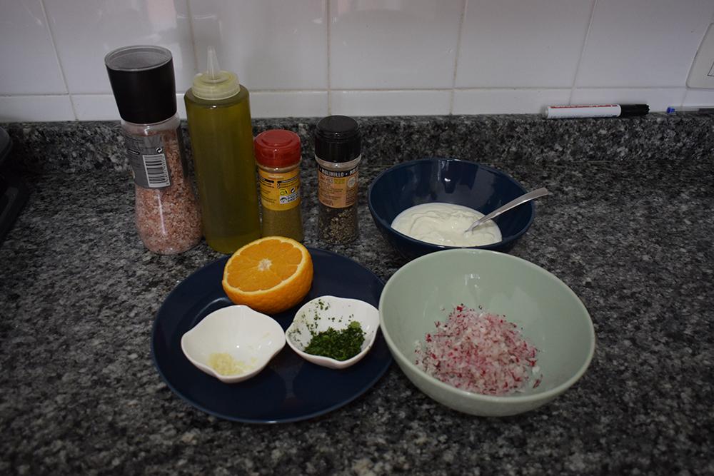 Los ingredientes del tzatziki