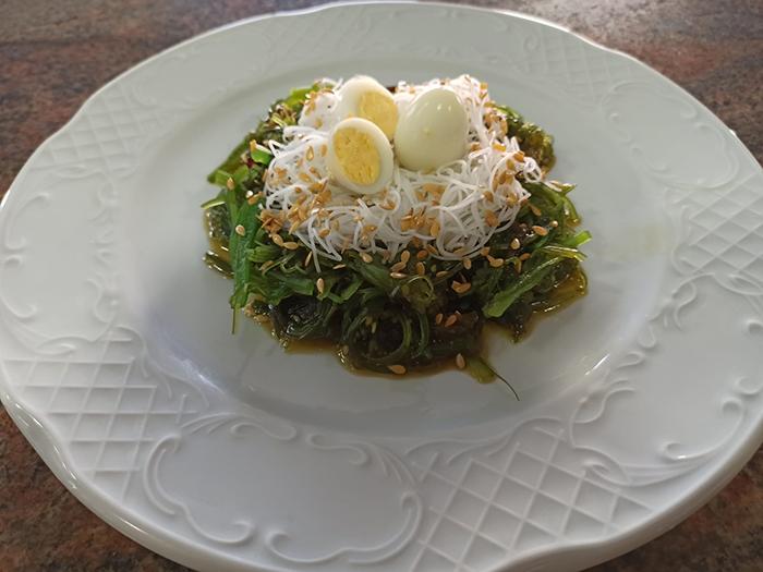 nido de alga Wakame